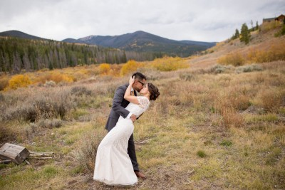 U dramatic kiss colorado fall foliage