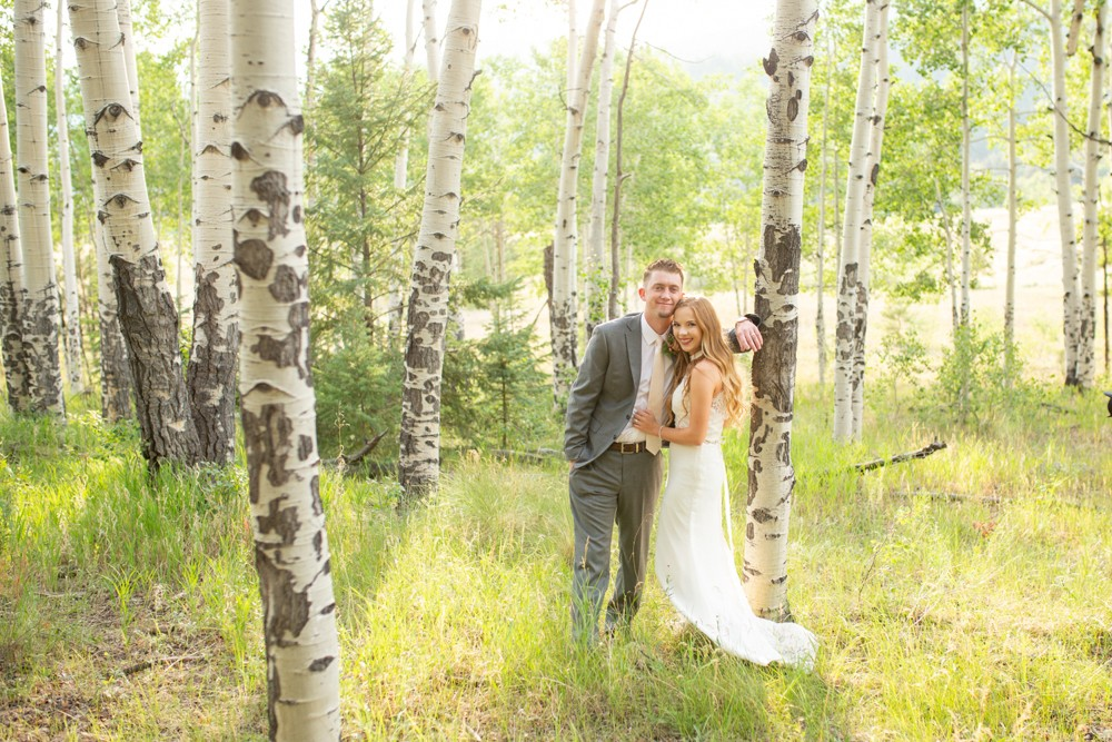 13 BRide   Groom in the Aspens 1E1A1042