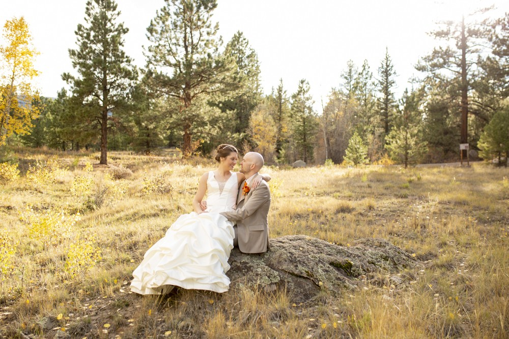 10 Fall Wedding in South Fork  Colorado