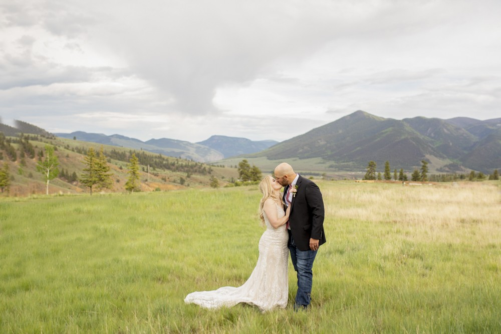 09 Creede Colorado Bride and Groom Married in the Mountians