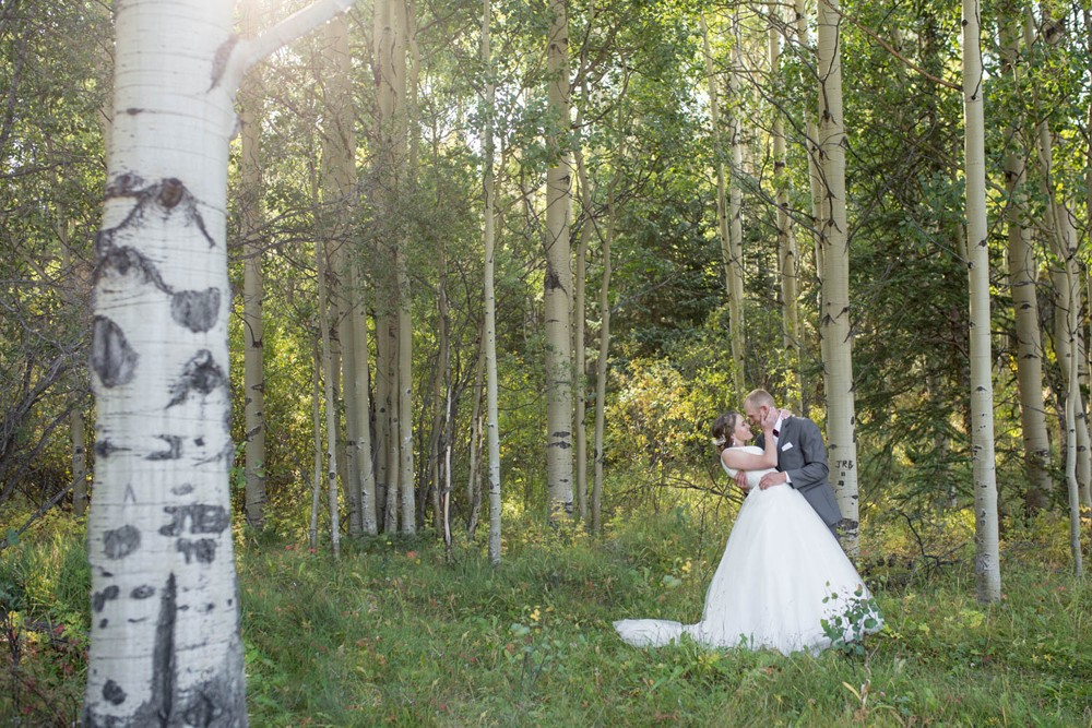 06 dramatic colorado mountain kiss in the aspens